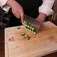 秋葵鸡汤的做法图解2