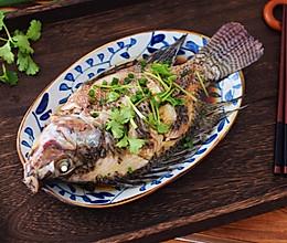 #精品菜谱挑战赛#清蒸罗非鱼的做法