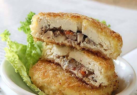 超级养眼:脆皮菌香酿豆腐的做法