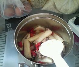 凉薯炒肉的做法