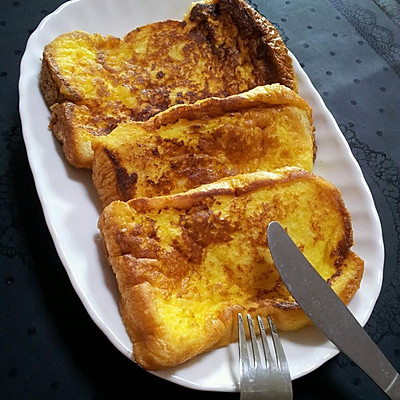 炼乳鸡蛋法式吐司