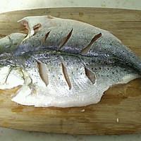 辣烤鲈鱼的做法图解1
