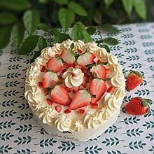 8寸草莓蛋糕