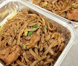 广东小吃……干炒牛河的做法