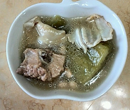 清热去火——凉瓜黄豆排骨汤的做法