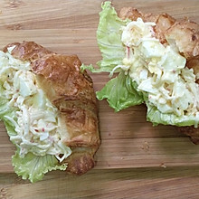蟹味棒鸡蛋沙拉三明治
