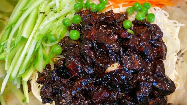 韩式炸酱面#今天吃什么#的做法