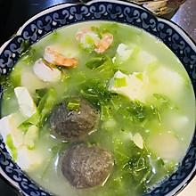 小花儿营养系列----虾仁鱼丸豆腐蛋黄儿汤