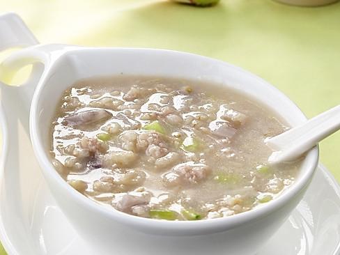 鲜藕粥:夏季第一补人之物的做法