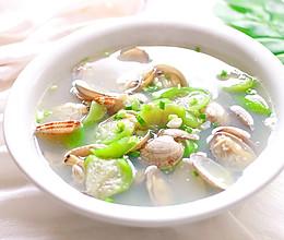 #我们约饭吧# 丝瓜花甲汤的做法