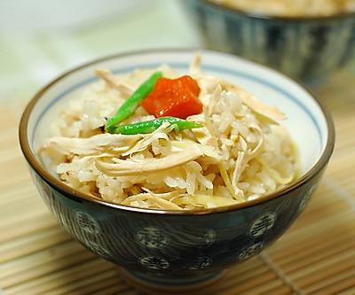 预防感冒:生姜鸡肉饭