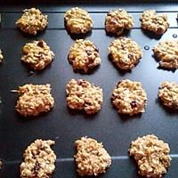 燕麦提子花生饼干的做法图解2