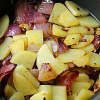 腊肉土豆焖饭的做法图解9