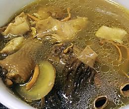羊肚菌➕虫草花的养生鸡汤(懒人煲汤法)的做法