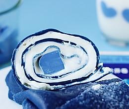 蓝色奶冻毛巾卷的做法