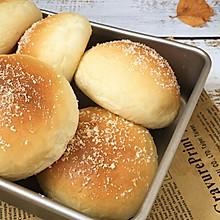 奶香豆沙面包