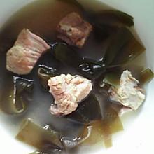 海带排骨汤补钙汤