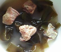 海带排骨汤补钙汤的做法