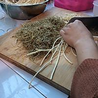 腌韭菜根的做法图解1