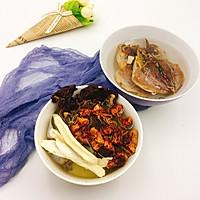 姬松茸茶树菇墨鱼汤的做法图解4