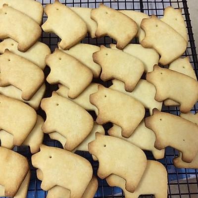 炼乳猪饼干
