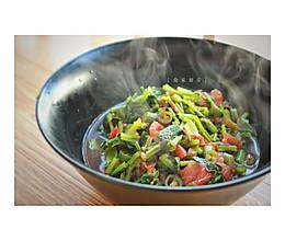 青椒西红柿炒萝卜缨的做法