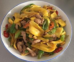 菠萝蜜丝炒肉的做法