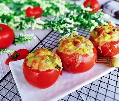 了不起的小番茄+奶酪焗黑米饭杂蔬番茄盅