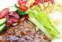 黑椒牛排餐的做法