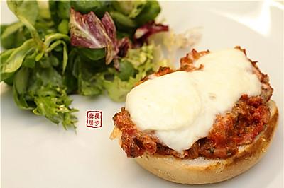 【曼步厨房】马苏里拉鸡肉三明治