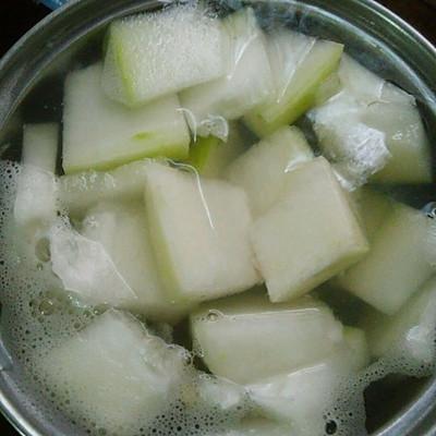 冬瓜淡菜汤(孕妇汤谱)消肿