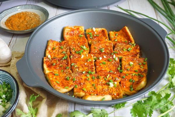 火爆街头的铁板豆腐,在家3元做1盘,秘制料汁教给你学会能摆摊