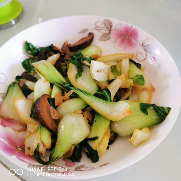 香菇油菜这样炒更香的做法