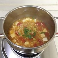 暖心暖胃【茄汁金针菇豆腐汤】的做法图解9