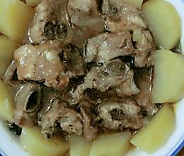 排骨蒸土豆的做法