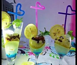 #营养小食光#菠萝柠檬~饮料的做法