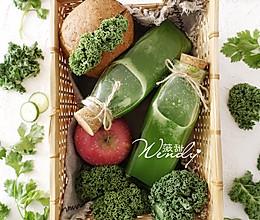 养颜排毒绿色蔬果汁的做法