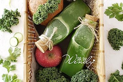 养颜排毒绿色蔬果汁