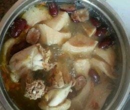 榴莲红枣鸡汤的做法
