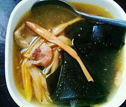 黄花菜海带汤的做法