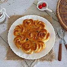 淡奶油玫瑰花面包