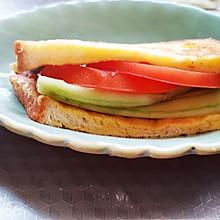 超快手吐司三明治