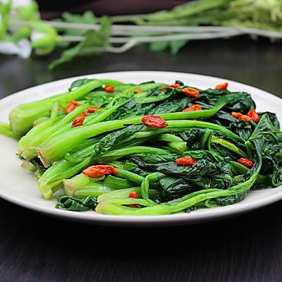节后减肥排毒,枸杞炒菠菜