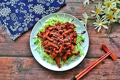 老北京人饭桌上少不了的京酱肉丝