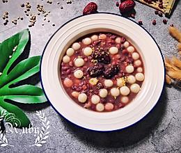 霜降 来一碗暖心红豆薏米莲子糯米丸子吧 #洗手作羹汤#的做法