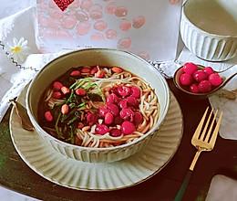 """#""""莓""""好春光日志#莓果酸汤米线的做法"""