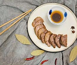 【小砖头UP团圆菜】卤牛肉配万能蘸酱的做法