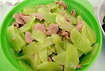 莴苣炒肉(抗癌生酮食谱)的做法