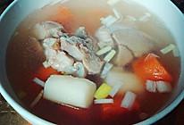 萝卜山药筒子骨汤的做法