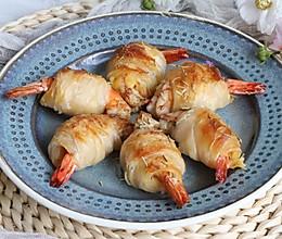 超简单的小零食,手抓饼芝士大虾卷的做法